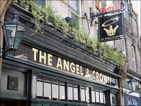 Angel Richmond >> Camra Photograph Of The Angel And Crown Richmond 2